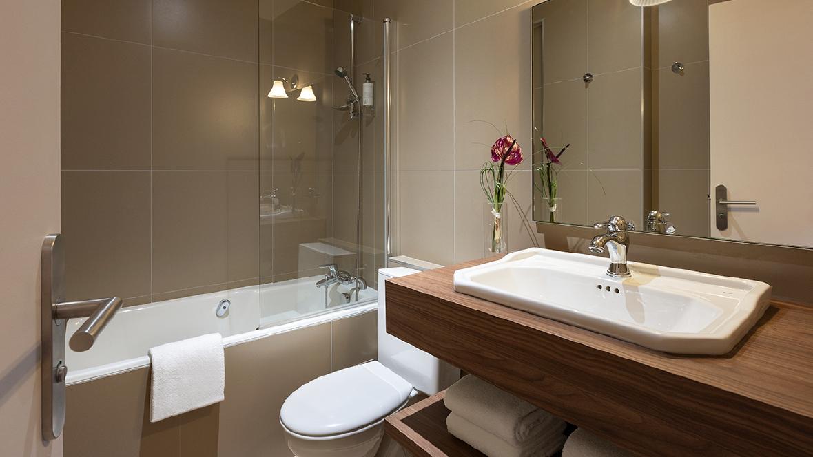 Maison Barbillon Grenoble Chambre salle de bain