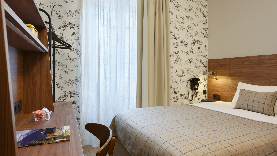 Maison-Barbillon-Hotel-Grenoble-chambre-single1_Plan de travail 1